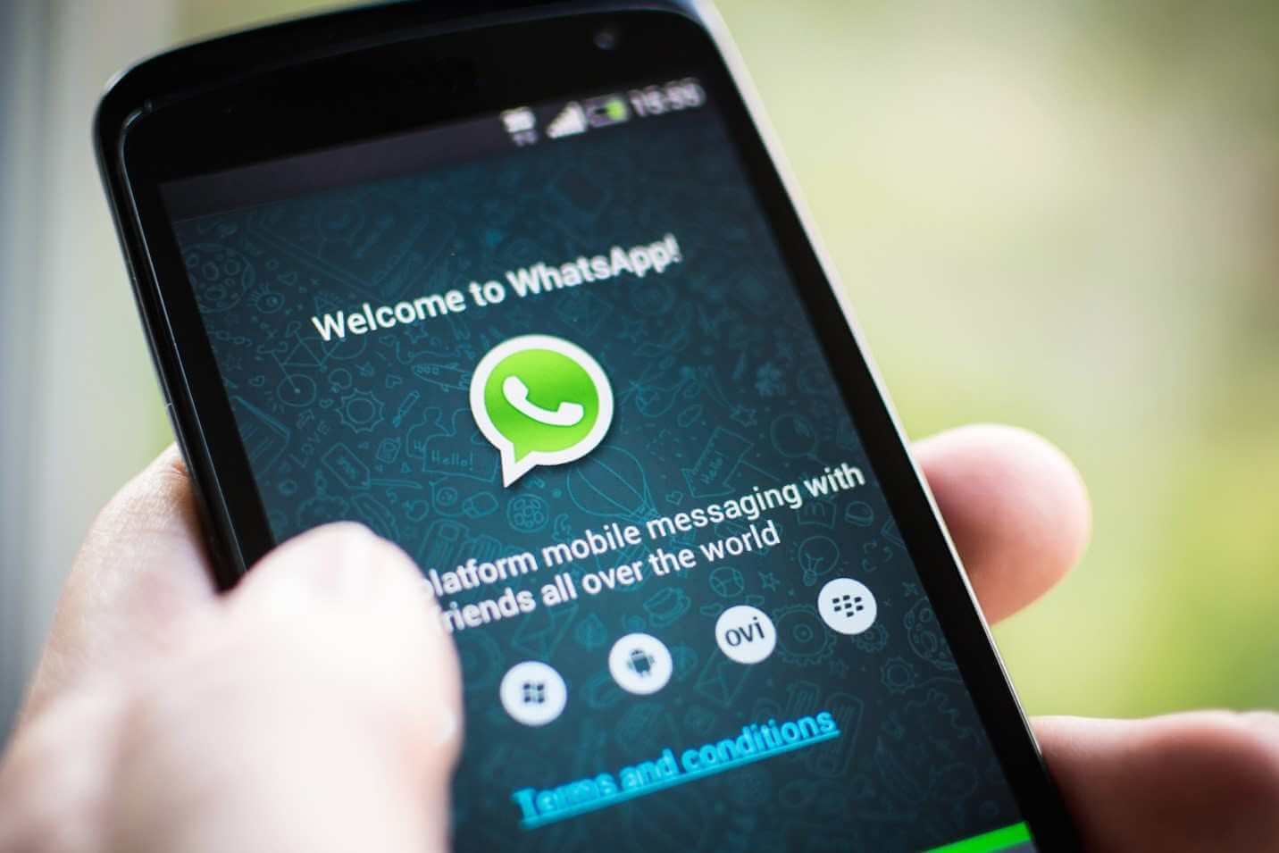 Read Whatsapp Messages Without Changing Last Seen